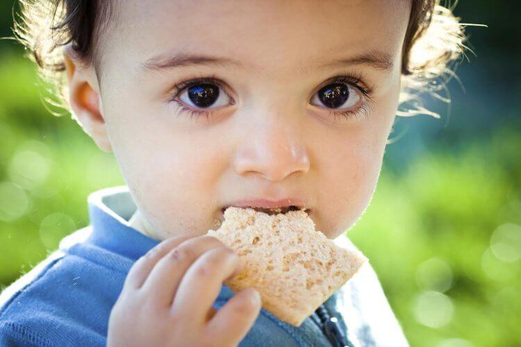 Какими симптомами у ребенка проявляется аллергия на глютен, и когда она пройдет? Как проявляется аллергия на глютен у ребенка